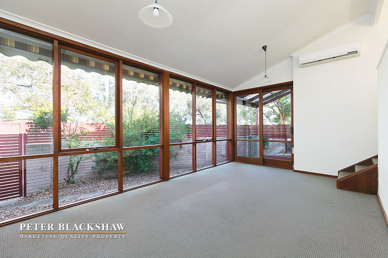 35 jewell close swinger hill act 2606 townhouse sold for Act 2 salon fairfax