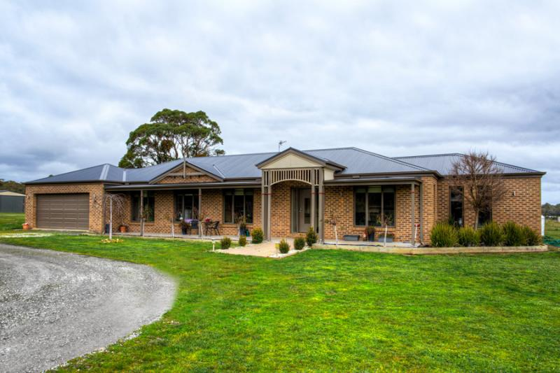 Photo of 8 Bothe Place Haddon, VIC 3351
