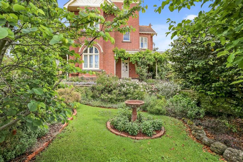 Camperdown (VIC) Australia  city photos gallery : Campbell Street, Camperdown VIC 3260 House For Sale 2012403408