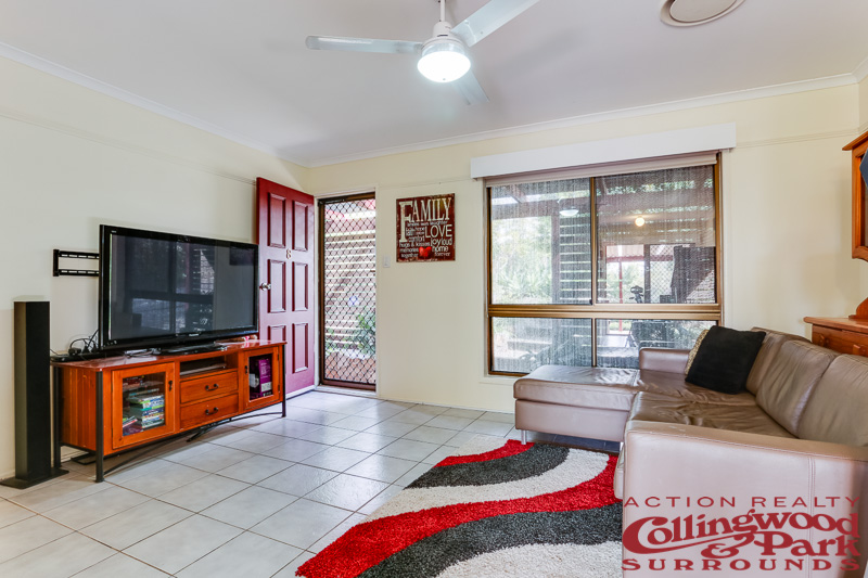 8 Fisher Street, Collingwood Park QLD 4301, Image 2