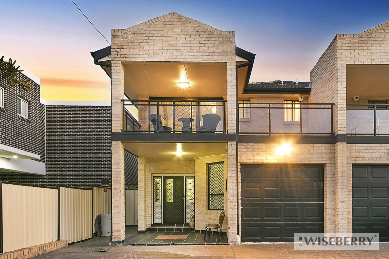 Picture of 3 Latvia Avenue, Greenacre