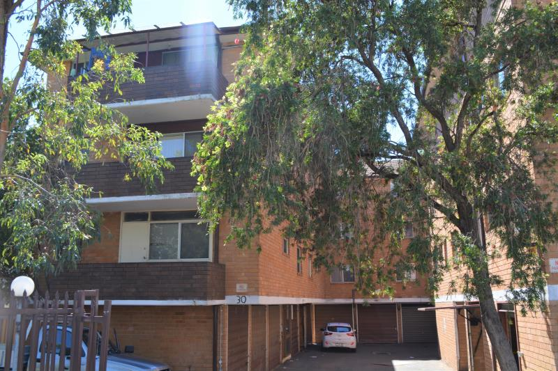 8 30 goulburn st liverpool nsw 2170 apartment for sale for Kitchens liverpool nsw