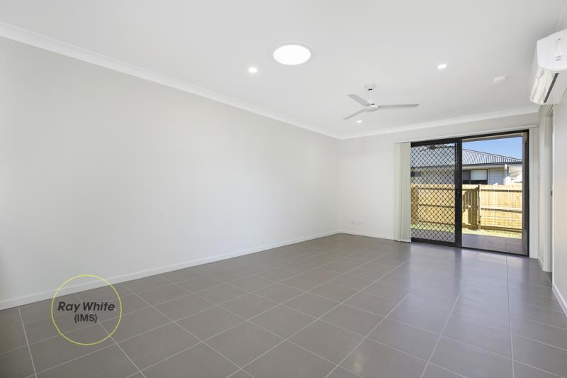 1/43 Br Ted Magee Drive, Collingwood Park QLD 4301, Image 2
