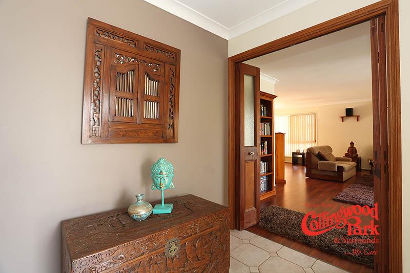 8 McCormack Court, Collingwood Park QLD 4301, Image 2