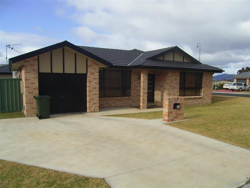 Photo of 17 Banjo Paterson Avenue Mudgee, NSW 2850