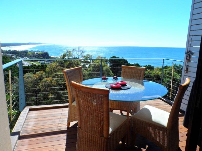 Villa 34 1 bay terrace coolum beach qld 4573 villa for for 111 coolum terrace coolum beach