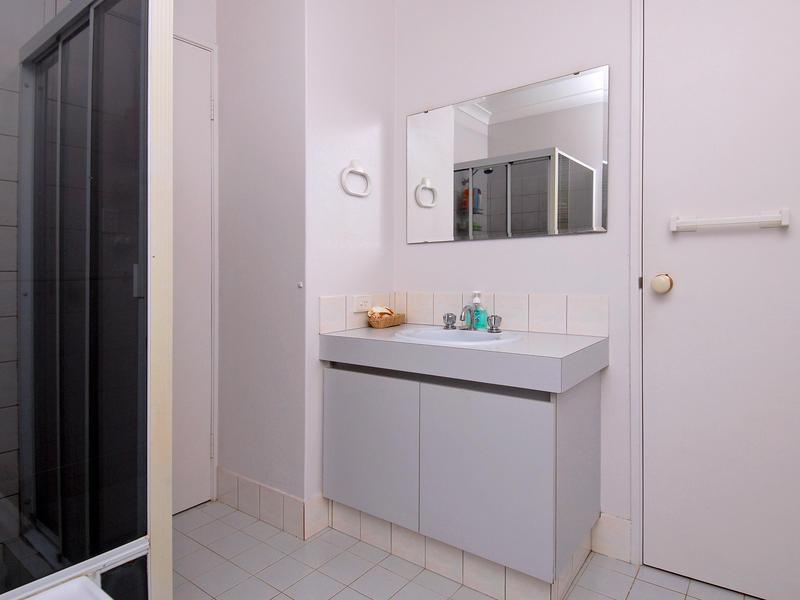 Sold 20 eucumbene cr joondalup wa 6027 on 04 sep 2009 for Bathrooms joondalup