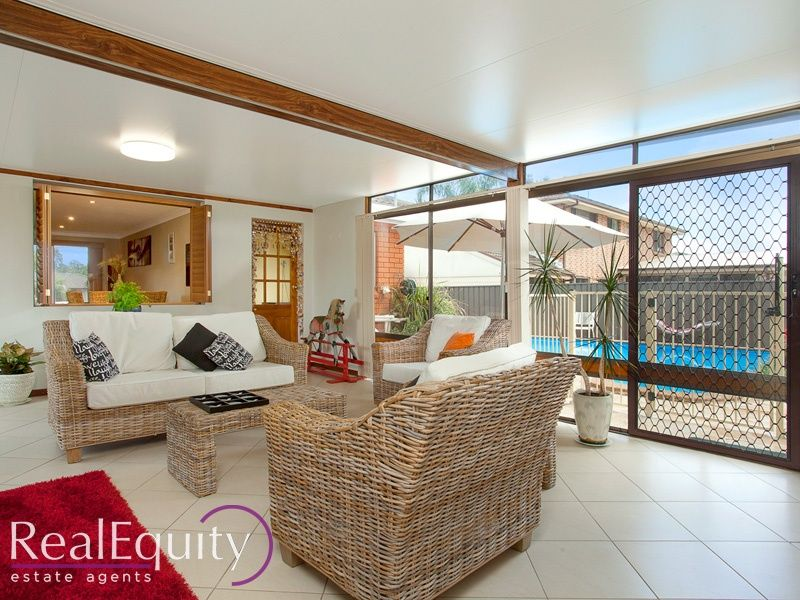Sold 16 holly avenue chipping norton nsw 2170 on 03 mar for Perfect kitchens chipping norton