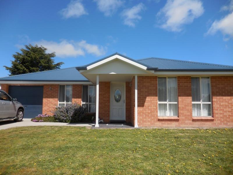Photo of 7 Vidler Place Blayney, NSW 2799