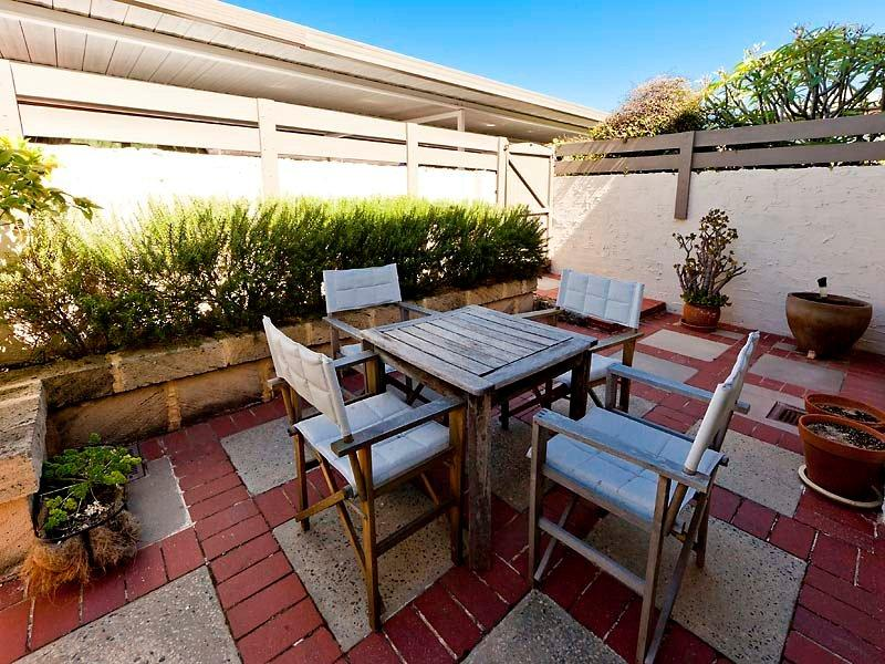 sold 4 10 avonmore terrace cottesloe wa 6011 on 23 dec 2015