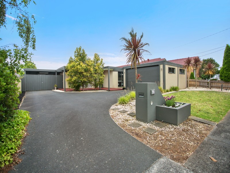 Picture of 70 Mount Erin Crescent, Frankston South