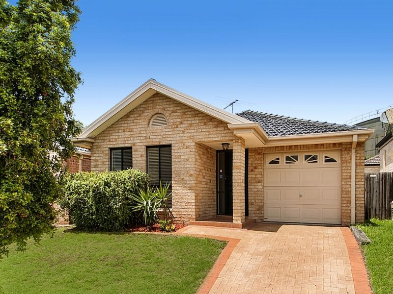 Picture of 11 Myee Crescent, Baulkham Hills