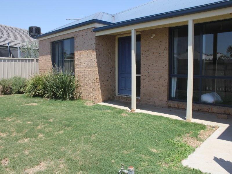 Innovative Site 27 Yarrawonga Holiday Park Yarrawonga Vic 3730  Unit For Sale