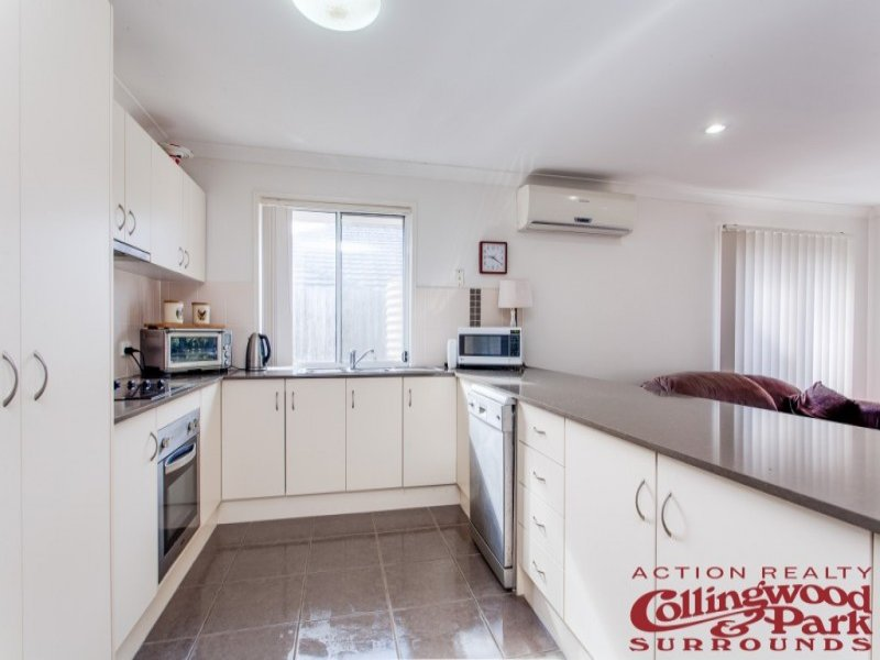95 McCorry Drive, Collingwood Park QLD 4301, Image 2