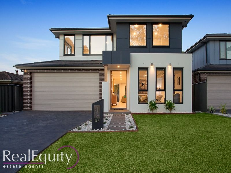 67 bungarra crescent chipping norton nsw 2170 house for for Perfect kitchens chipping norton