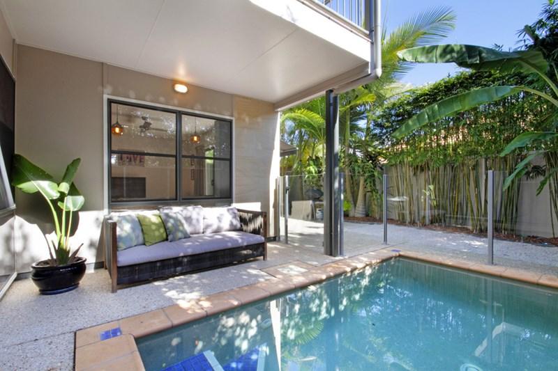 5 molokai lane kawana island qld 4575 house for sale