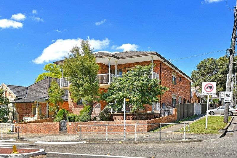Picture of 152 Wollongong  Rd, Arncliffe