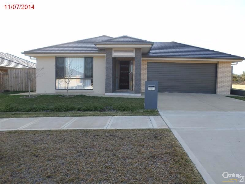 Gledswood hills nsw 2557 house for sale 2013221687 for Single level home designs nsw