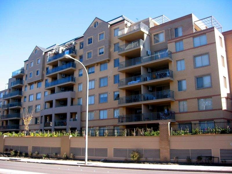 76 18 Sorrell Street Parramatta Nsw 2150 Apartment For Rent