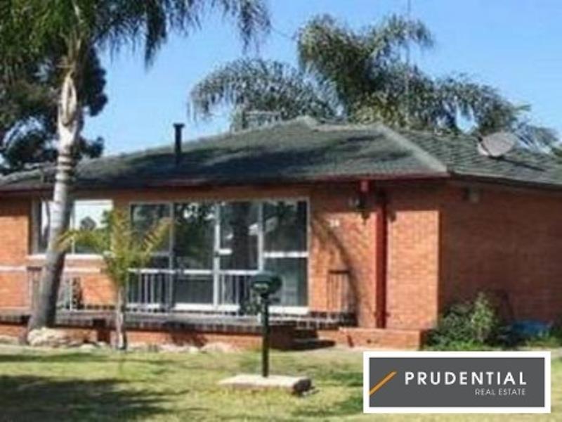 Property Report for 28 Gabo Crescent, Sadleir NSW 2168