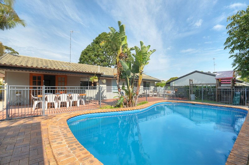 Recently sold properties in mermaid waters qld 4218 page 2 for 3 drayton terrace mermaid waters