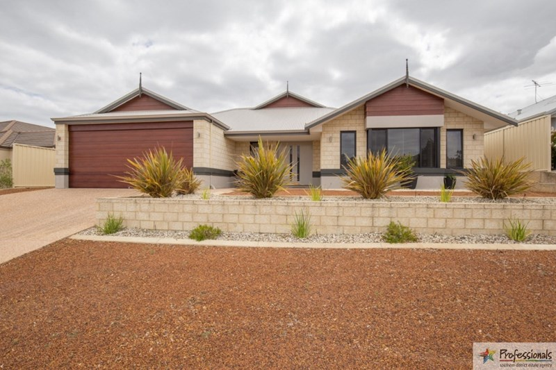 7 Wagtail way, Collie WA 6225, Image 0