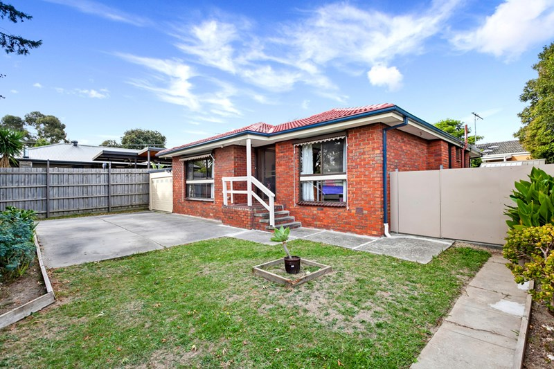 Picture of 2/11a Maidstone Street, Ringwood