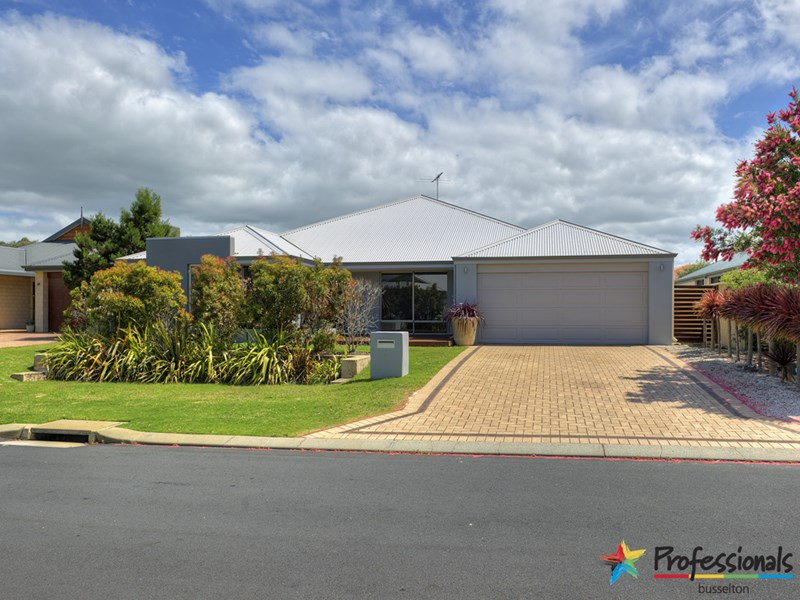 8 Kooljak Road, Abbey WA 6280, Image 0