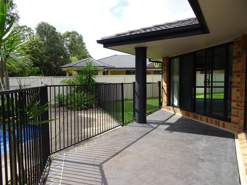 Sold 30 Mcpherson Place Raymond Terrace Nsw 2324 On 07 Jan 2016 For 440 000