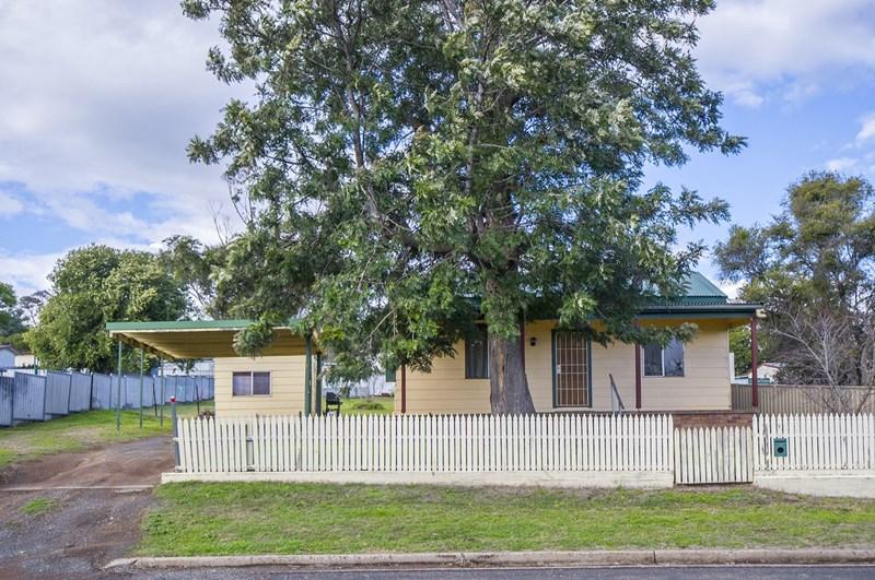 18 Mount Street, Aberdeen NSW 2336, Image 0