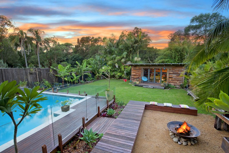 37 elaine avenue avalon beach nsw 2107 house for sale for Beach house designs nsw