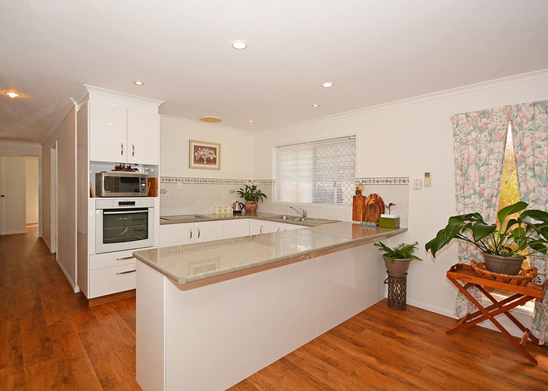 79 Truro Street, Torquay QLD 4655, Image 2