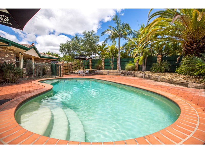 Sold 6 Cherry Hill Crescent Parkwood Qld 4214 On 06 Jan 2016 For 605 000