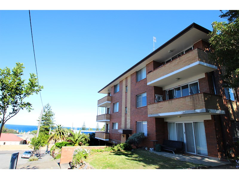 Sold 3 7 tyrrell street newcastle nsw 2300 on 17 feb 2016 for Home designs newcastle nsw