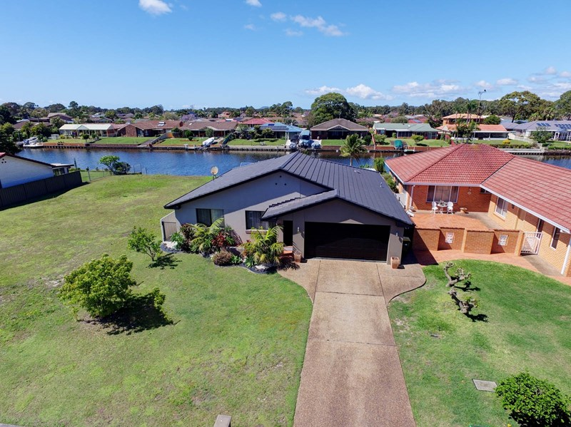 Photo of 16 Wyuna Place Forster, NSW 2428