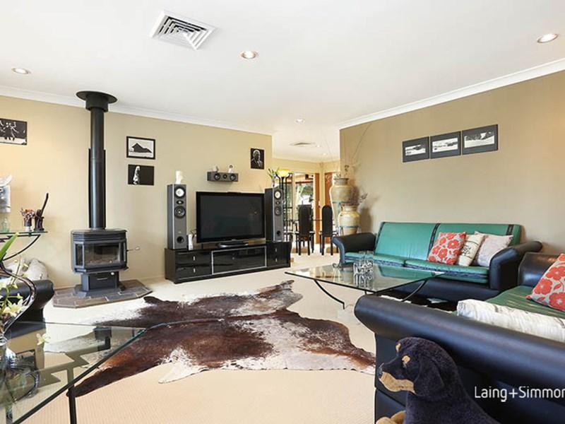 7 Gouda Close, Abbotsbury NSW 2176, Image 2