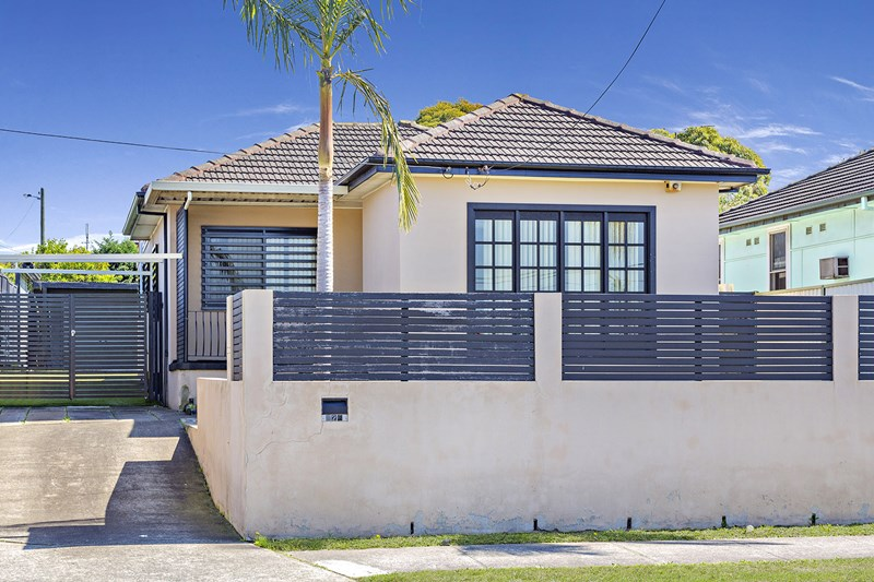 Picture of 326 ROBERTS ROAD, Greenacre