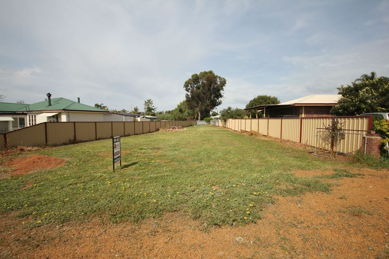 1/7a Laurie Street, Collie WA 6225, Image 2