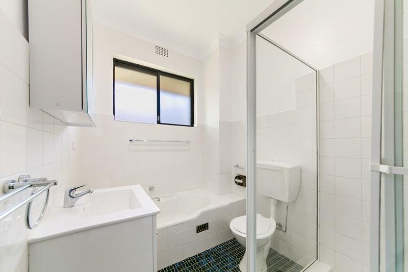 10/14 Montrose Road, Abbotsford NSW 2046, Image 2