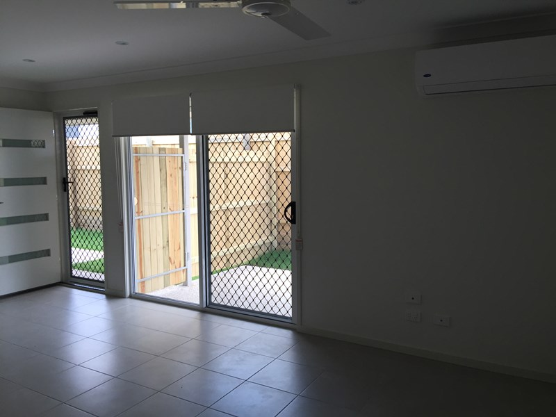 2/45 Br Ted Magee Drive, Collingwood Park QLD 4301, Image 2