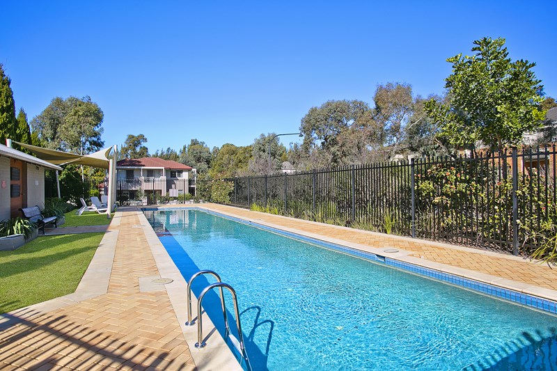 Sold 11 Croyde Street Stanhope Gardens Nsw 2768 On 05 Aug 2015 For 796 500