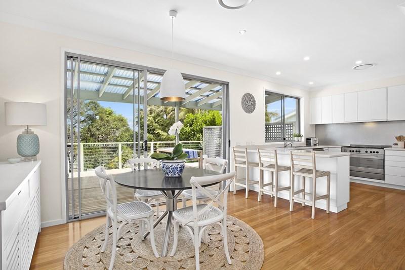 29 Hall Avenue, Collaroy Plateau NSW 2097, Image 2