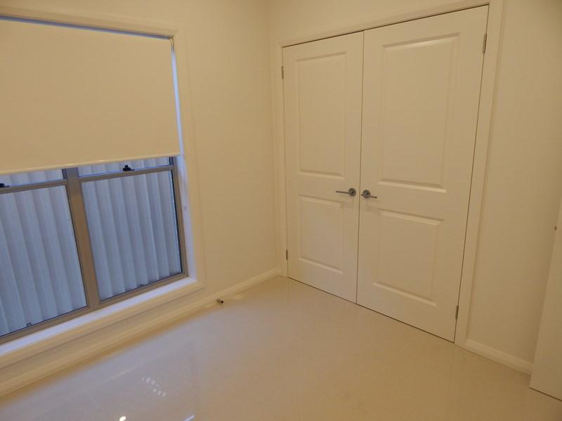 118 Stella Street, Fairfield Heights NSW 2165, Image 2