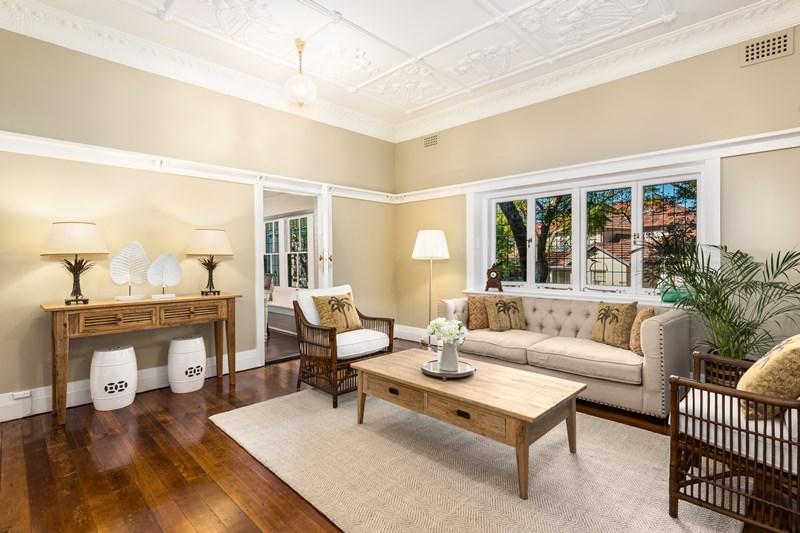 Sold 2 2 holbrook avenue kirribilli nsw 2061 on 30 jul for Kirribilli house floor plan