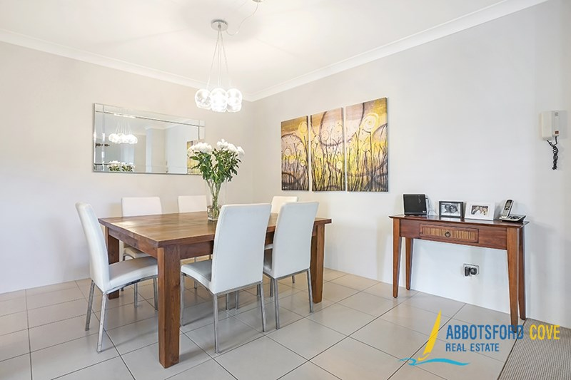 24/1 Figtree Avenue, Abbotsford NSW 2046, Image 2